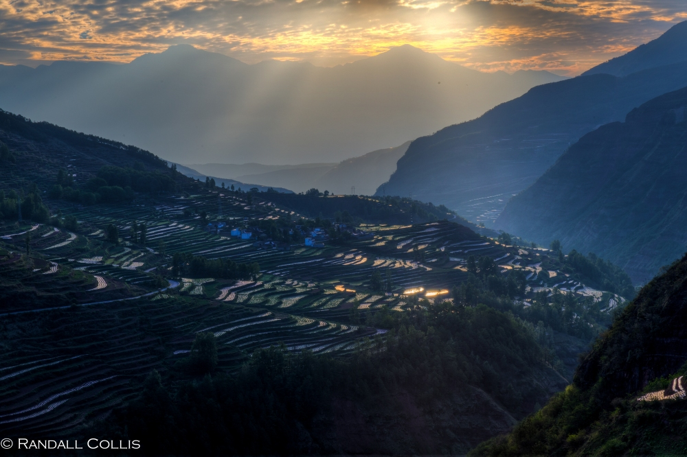 Terraces of Inspiration in FaZhe 法者红土地云南