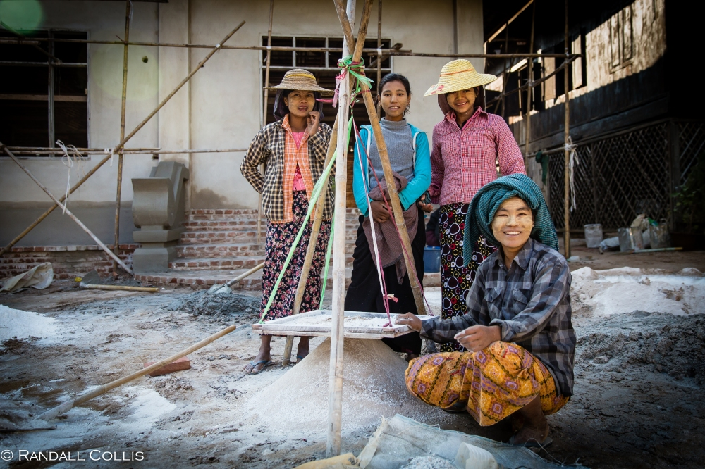 Old Bagan Women of Myanmar - Men In Management-18