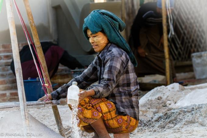 Women of Myanmar - Men In Management-2