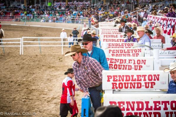 Pendleton Round-Up Let'er Buck - Life of a Cowboy-24