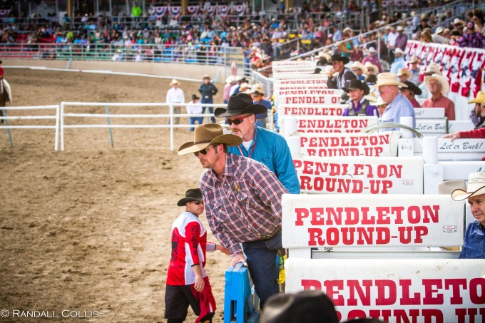 Pendleton Round-Up Let'er Buck - Life of a Cowboy-24