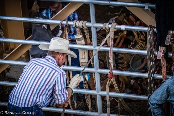 Pendleton Round-Up Let'er Buck - Life of a Cowboy-8
